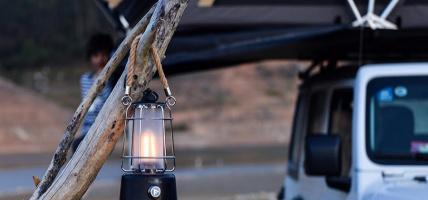 Nowości Mactronic: modne latarki campingowe